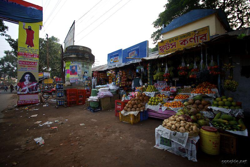 bolpur vegetable stand
