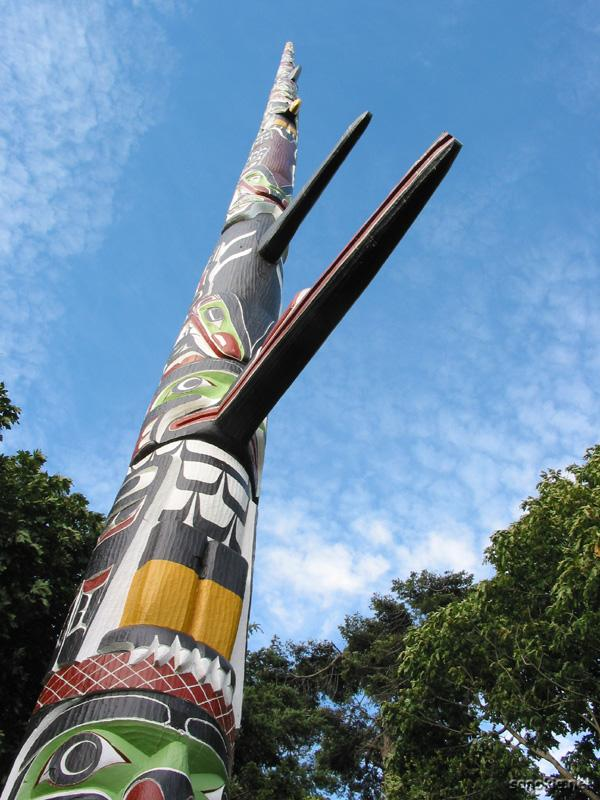 the tallest totem pole